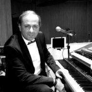Giovanni-Scandurra-PIANOFORTE-E-TASTIERE-blackwhite