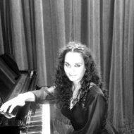 Giusi-Sapienza-PIANOFORTE-PIANISTA-ACCOMPAGNATORE--blackwhite